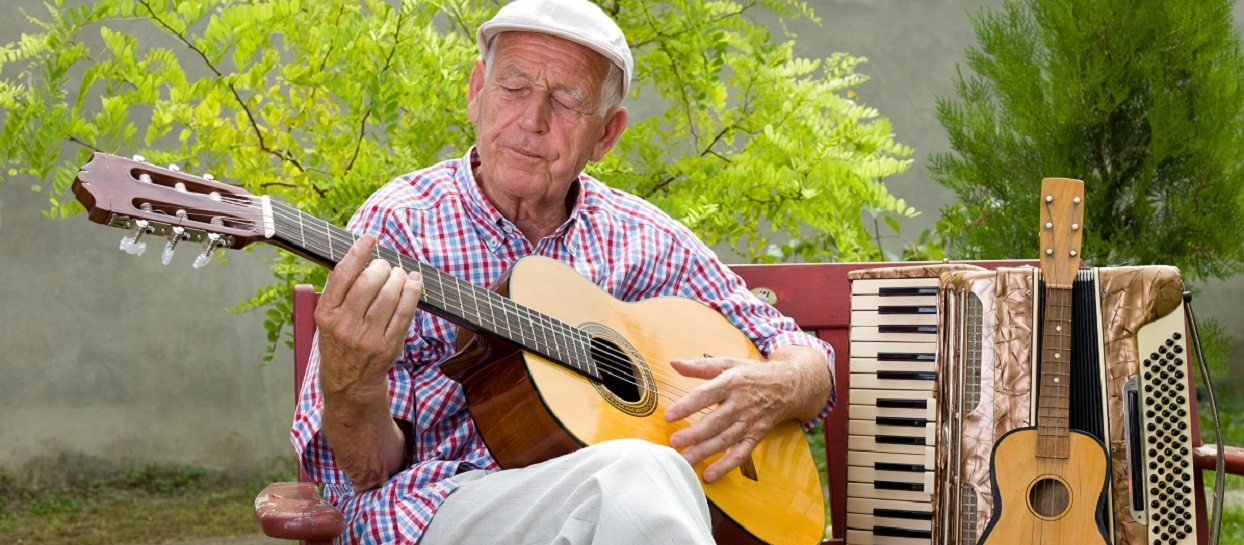 Oxley Home Care, Alzheimer's Disease, learning a new hobby